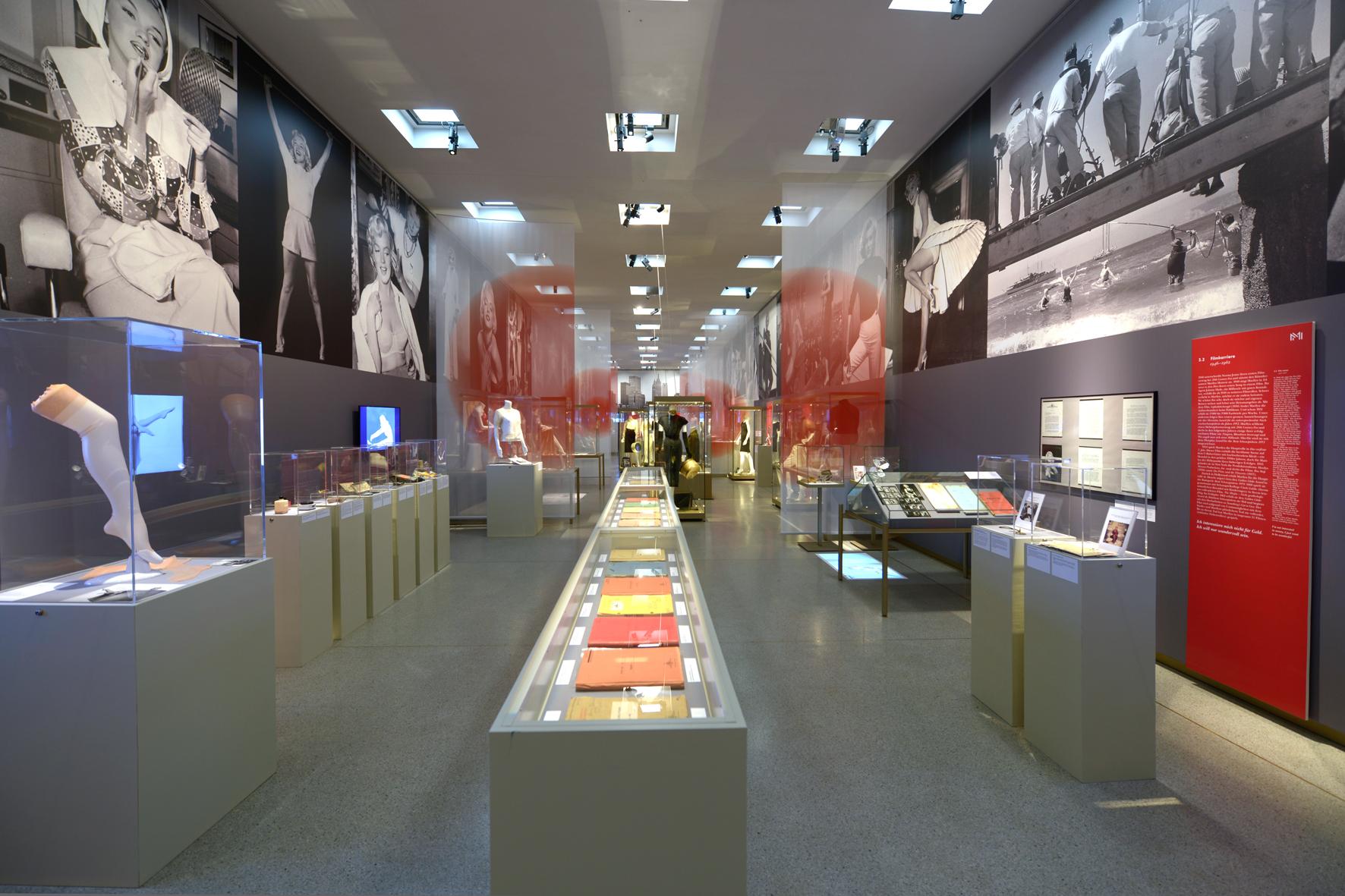 Reinold Ospelt AG | Ausstellung Monroe