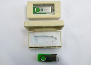 USB Stick beschriftet